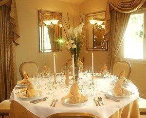 Bridal Wedding Breakfast at Thelbridge Corss Inn, nr Crediton, Devon